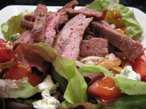 Steak Salad with Strawberry Vinaigrette