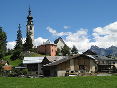 Ftan (golden road) Tags: church architecture barn schweiz switzerland suisse farm kirche spire svizzera engadin engadine graubünden ftan