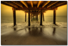 Over and Under (Martyn Starkey) Tags: california sea fab beach pier sand santamonica wave underneath soe flickrsbest golddragon abigfave artlibre anawesomeshot impressedbeauty infinestyle photoexel goldenheartaward grouptripod