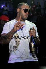 flo rida drinking a bottle of ace of spades