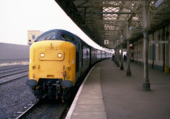 55004 Retford 8.7.80 1A31 (Paul Bettany) Tags: napier retford deltic englishelectric class55 55004 type5