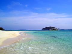 bolog island, palawan (philippines) (Jayson Tan) Tags: sea beach philippines picturesque palawan olympusc350 miasbest