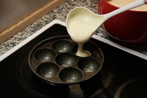 Baking æbleskiver