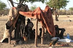 Namibi, oktober 2008 (Martha de Jong-Lantink) Tags: africa african culture tribal safari afrika tribe ethnic namibia tribo himba afrique ethnology tribu namibie kaokoland tribus namibi ethnie himbas himbakraal himbaherders