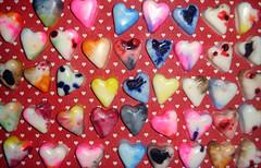 Muito amor em 2009! (Artes Biazinha) Tags: cores hearts soap amor corao colorido sabonete