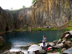 SS851069 (heleng42) Tags: lake water wales bluelake quarry