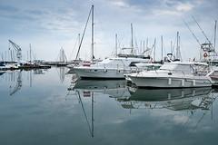 Yates / Yachts (Anvica) Tags: sea clouds mar mediterranean yacht sony explore nubes reflejo cambrils hdr tarragona mediterráneo yate a350 fzfave paololivornosfriends retofez100525
