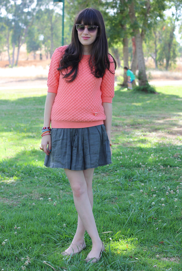 neon_peach_knit1