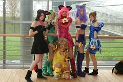 2008-03-16 7D 0018#F (cosplay shooter) Tags: anime comics costume comic cosplay manga leipzig convention cosplayer rollenspiel buchmesse bookfair roleplay lbm 3000z leipzigerbuchmesse 2500z x201209
