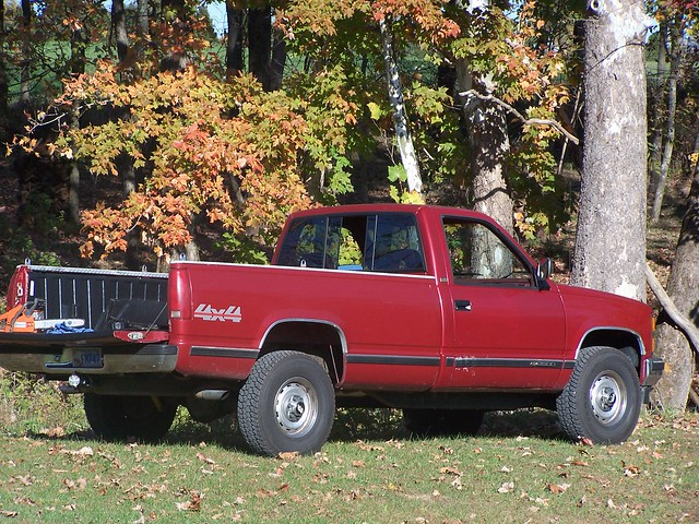 trees red fall chevrolet car truck work interestingness interesting gm bestof 4x4 outdoor pickup cc chevy transportation creativecommons 1992 popular silverado vechical frankieleon