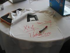 open-tshirts nologo sponsorisés par Mathieu Coste - logo par Charles geekbiker - macintosh bleu personnel de Philippe Jeudy sponsor de la bouffe