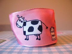 cows_pink (redcleo) Tags: pink milk cows ribbon wiredribbon jcarolinecreative