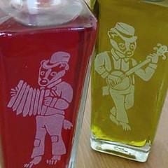 bottle_badger_dtl (BreadnBadger) Tags: glass bottles recycled spout oilandvinegar breadandbadger