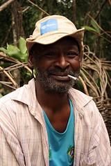 Preto velho (D.A.P - devaneios altamente photogrficos) Tags: brazil people brasil pessoas retrato negro personas chapadadiamantina