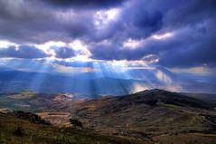 autunno, ray of lght (studiolof) Tags: landscape nuvole sicily sole autunno hdr sicilia paesaggio rayoflight collesano raggidiluce parcodellemadonie rosarioloforti fotoloforti