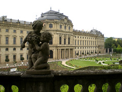 Two boys tasting fruits (Silanov) Tags: sculpture house castle germany garden bayern deutschland bavaria hall europe eu skulptur palace franconia unesco baroque manor statelyhome franken schloss barock schlossgarten manorhouse residenz wuerzburg unterfranken mainfranken mywinners abigfave platinumphoto flickrsmasterpieces mainfranconia