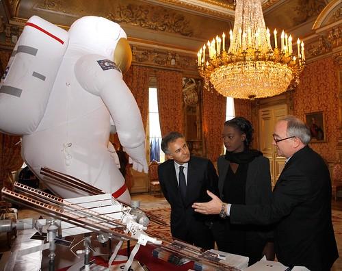STS-126 et la Déclaration Universelle des Droits de l'Homme 3012806575_1b9e2d3695