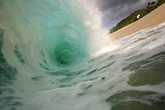 Ke'iki ( KristoforG) Tags: ocean 20d beach water set canon photography hawaii sand surf break pacific tube wave tsunami shore housing tidal 1022 gellert barrell kristofor