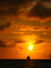 Boracay Beach Sunset Sailboat Sonnenuntergang Strand Meer (hn.) Tags: ocean sunset sea sky copyright cloud sun beach water silhouette backlight clouds strand sailboat contraluz boats island boot evening abend coast boat asia asien heiconeumeyer meer seasia soasien southeastasia sdostasien wasser sailing ship sonnenuntergang sundown dusk philippines himmel wolke wolken boote insel pi shore sail dmmerung boracay sonne schiff contrejour segeln visayas segelboot pilipinas segel kste gegenlicht philippinen abendrot copyrighted paraw whitebeach aklan sailingboat thephilippines ozean boracayisland westernvisayas westvisayas tp0708 diephilippinen thephils aklanprovince