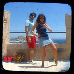 French Connection, the quality service (Lolo_) Tags: castle sunglasses fun island dance crazy kodak mona danse if château clément montecristo duaflex île méditerranée frioul ttv throughtheviewfinder edmonddantes peopleofmarseille frioul2008