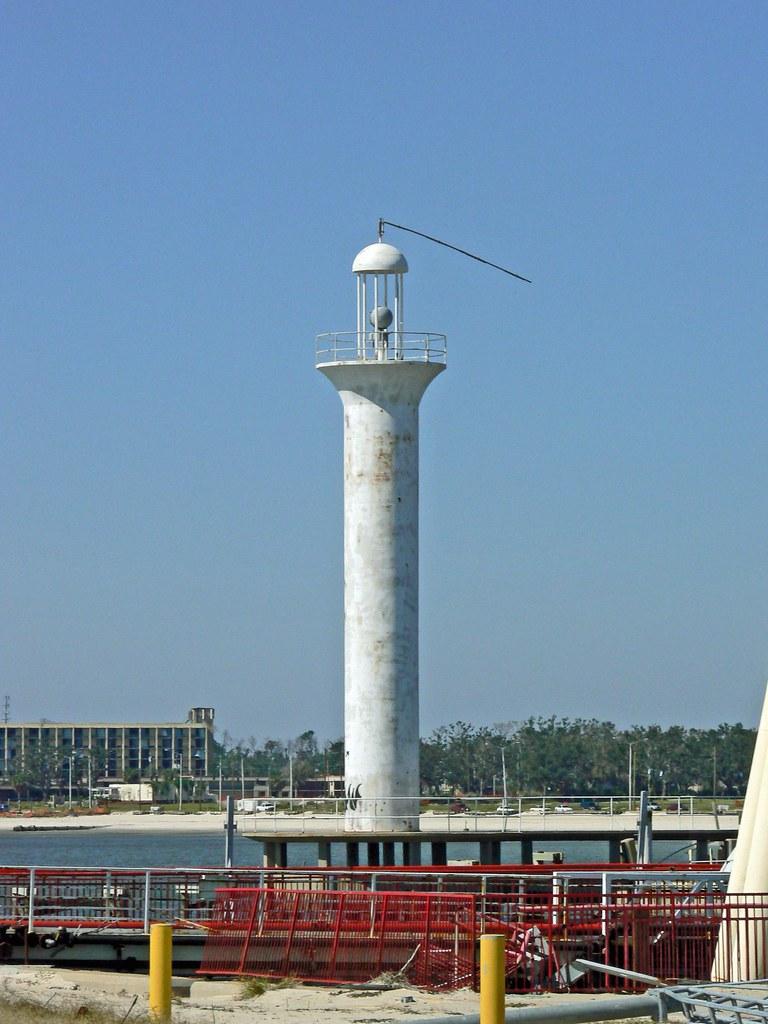 Broadwater Beach Hotel Marina Channel Lighthouse, MS