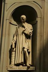 Macchiavelli Statue, Uffizi, Firenze (jay8085) Tags: firenze uffizi macchiavelli machiavellistatue