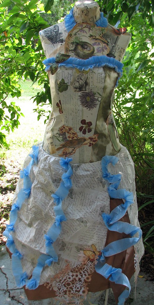 Alice loves lilacs gown