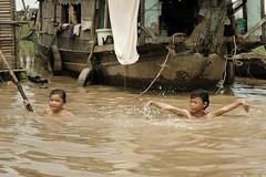 tonle sap_11 (parkerjyah) Tags: people asia cambodia tonlesap floatingvillage