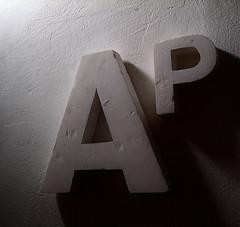 (natalyus) Tags: textura wall pared ap tipografia elsegundo typos letras corporea letrascorporeas letrasencontradas