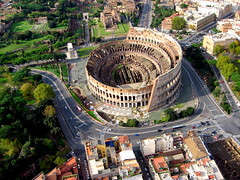 Kite Over Rome - Colosseum (Wind Watcher) Tags: italy kite rome wind kap watcher dopero windwatcher chdk