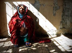 Shed The Light (| HD |) Tags: world pakistan light portrait woman 20d canon natural who photojournalism documentary patient health hd karachi sick organization darwish hamad journalism disease tb available mdr infection tuberculosis