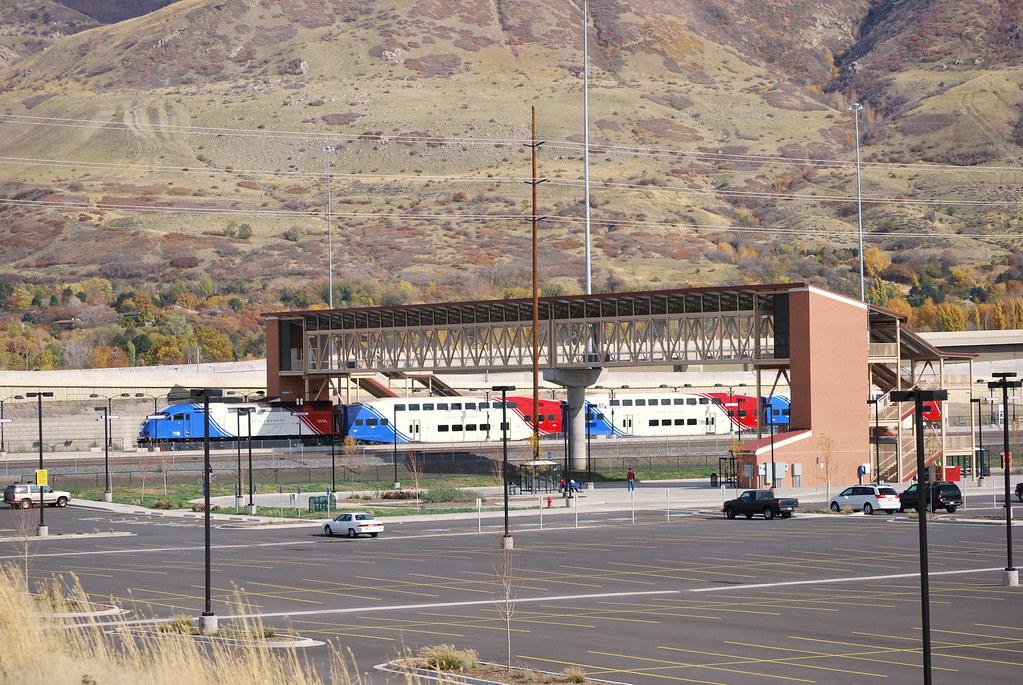 Front Runner train at Farmington