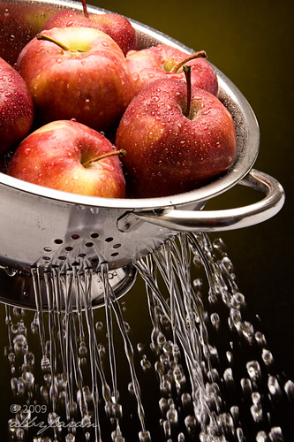 Apples taking a shower 2
