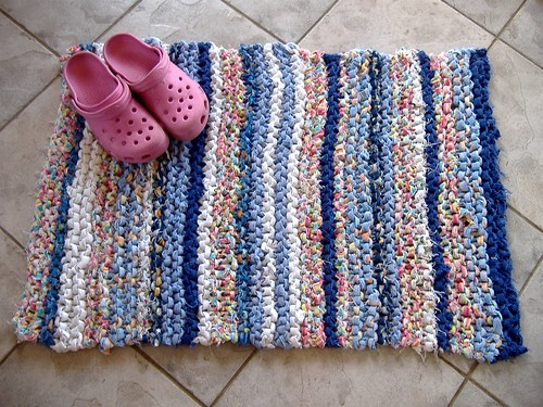 bathmat (crocs)