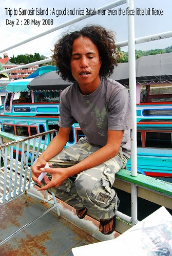 Trip to Samosir Island : The Friendly Batak Man