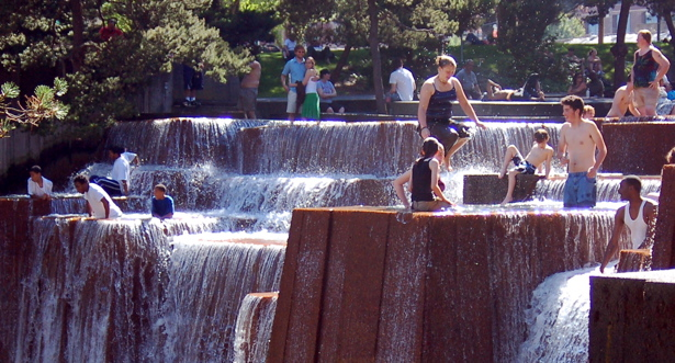 fountain_100_cropped
