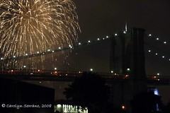 Project 366 - 2008 186/366 (CarolynSerrano) Tags: fireworks brooklynbridge 2008 leapyear 366 photographicjournal project366 dayonehundredandeightysix 2008yip 186366 olafureliassonwaterfall project3662008186366