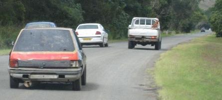 voitures qui doublent