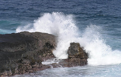 Mauritius - Giant waves on rocks