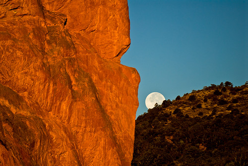 Garden of the Gods Moonset by jellis629