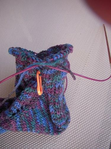 Waving Lace Socks Heel