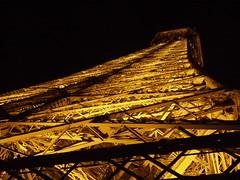 Eiffel Tower, Paris (Tilemahos Efthimiadis) Tags: favorite paris france tower night eiffeltower eiffel fav 50views parisatnight openstreetmap superhearts platinumheartaward   dvdphotos02 osm:way=5013364