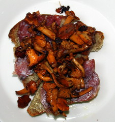 Golden chanterelle on bread