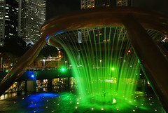 Fountain of Wealth, Suntec City  Singapore (williamcho) Tags: lighting tourism water singapore display restaurants shoppingcentre business luck lasers attraction sunteccity fountainofwealth
