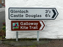 Galloway Kite Trail (Dennis@Stromness) Tags: uk rural scotland village britain dumfriesgalloway galloway dumfriesshire laurieston gallowaykitetrail