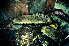 Chez Lui... (Stphane Giner) Tags: poverty france bed floor room dirt detritus toulouse filthy chambre mattress salet matelas squatt puvret