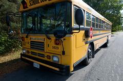 wide_5.jpg (scott_oakley) Tags: school ontario canada bus yellow nikon ottawa stop parked schoolbus nikkor d300 f28g 1424mm 1424mmf28g