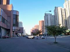 Apartment Blocks in Downtown Pyongyang DPRK (Ray Cunningham) Tags: tourism del apartments republic tourist peoples american democratic norte pyongyang corea dprk koryo 平壤 北朝鮮 корея 평양 조선민주주의인민공화국 raycunningham raymondcunningham zaruka raymondkcunninghamjr ©raymondkcunninghamjr