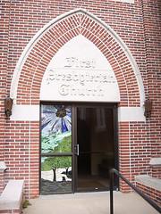 First Presbyterian Church (midwest_ne) Tags: edificios nebraska lexington iglesias vidrieras firstpresbyterianchurch entradalateral