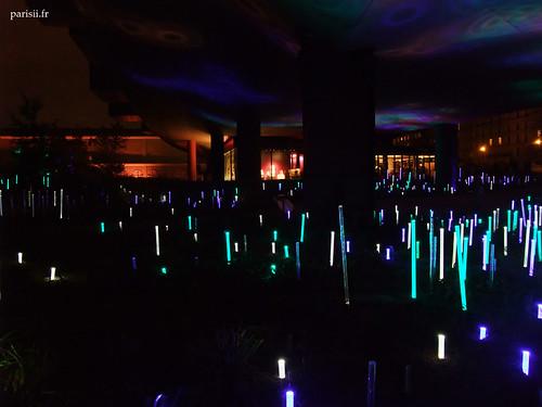 Les tubes lumineux sont omniprésents